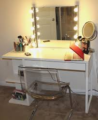 Lighted Vanity Table With Mirror And Bench Princess Vanity Set With Mirror And Bench Brilliant Makeup Vanity