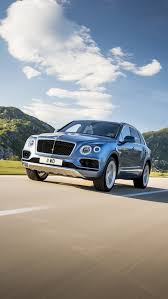 2017 bentley bentayga white bentley bentayga already recalled for loose seat and instrument panel