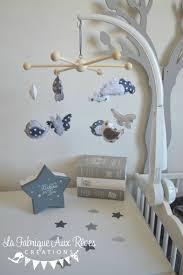 mobile chambre bébé mobile bébé éveil oiseaux papillons nuage gris foncé gris clair