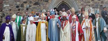 Juni 2010 im Dom zu Turku Bischof Kari Mäkinen als neuer Erzbischof von Finnland eingeführt. Zahlreiche Gäste aus dem In- und Ausland nahmen an der im ... - edi_2010_06_07_bischofseinfuehrung_in_finnischer_kirche_470