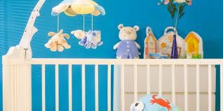 accessoires chambre bébé les accessoires indispensables pour le lit de bébé