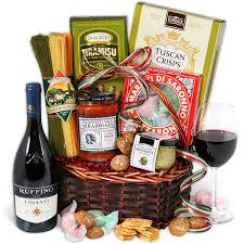wine basket chianti wine italian gift basket by gourmetgiftbaskets