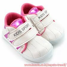 Sepatu Sketcher Anak Perempuan sepatu sneakers anak perempuan terbaru lazada co id