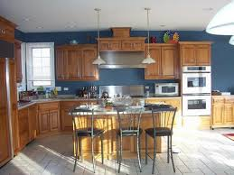 kitchen paint colors with wood cabinets http www pinkskulldesign