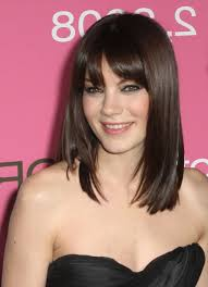 medium short hairstyle pictures medium to short haircuts women