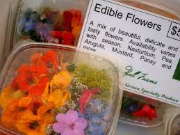 Salad With Edible Flowers - edible flowers wedding menu wedding recipes with edible flowers