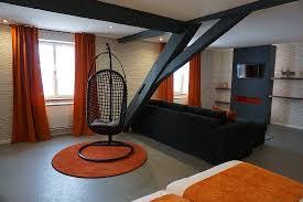 chambre a theme avec chaque chambre a un thème représentatif du haut jura et possède