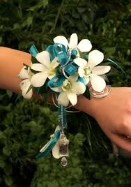 prom wrist corsage ideas 52 best corsages for prom images on wristlet corsage