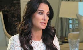 kyle richards needs to cut her hair real housewife kyle richards on skin aging dermstore blog