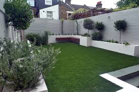 Modern Gardens Ideas Modern Garden Ideas Uk Slim Courtyard House With Paving