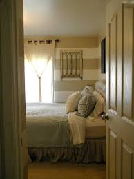 Curtains For Small Bedroom Windows Inspiration Fabulous Curtains For Small Bedroom Windows With Door Panel