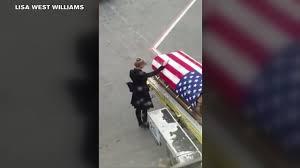 Fallen Officer Flag Video Captures Tearful Return Of Fallen Fort Bragg Soldier Abc11 Com