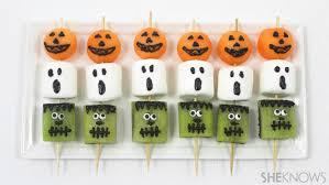 Halloween Treats 60 Easy And Spooky Diy Halloween Treats For 2017
