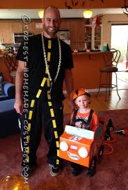 Cheap Costumes Halloween 25 Family Themed Halloween Costumes Ideas