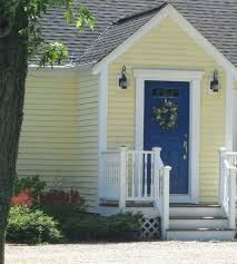 what color front door goes with a grey house paint meanings red