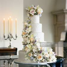 5 tier wedding cake 5tier wedding cake with sugar flowers stock photo getty images