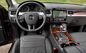 volkswagen touareg interior 2013 volkswagen touareg information and photos zombiedrive