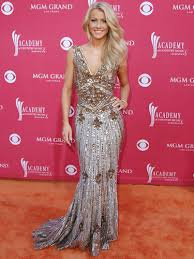 how does julienne hough style her hair julianne hough s hottest looks julianne hough fashion pictures