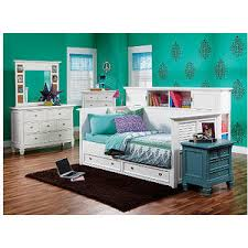 romms to go kids belmar white 4 pc daybed bedroom rooms to go kids kids