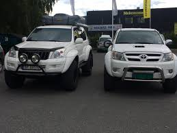 lexus v8 hilux my hilux and her sister the land cruiser both are arctic trucks 37