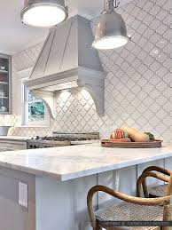 White Backsplash Kitchen by Best 25 Ceramic Tile Backsplash Ideas On Pinterest Kitchen Wall