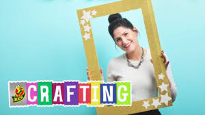 photo booth picture frames how to craft a duck glitter crafting photo booth frame