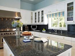 Kitchen Granite by Modern Small Kitchen Design With Mosaic Backsplash And Grey