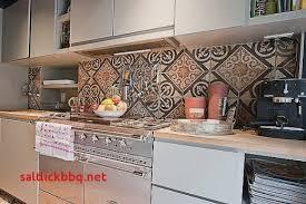 decoration faience pour cuisine credence cuisine en carrelage pour idees de deco de cuisine destiné