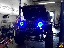 jeep wrangler blue headlights blue halo headlight installation on a 2016 jeep rubicon axleboy