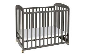 Rocking Mini Crib Da Vinci Alpha Mini Rocking Crib Lusso Inc