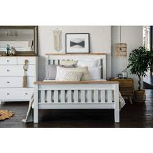chest of drawers bedroom