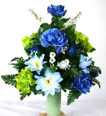 cemetery flowers 125 best cemetery flower arrangements images on