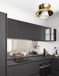 plan de travail cuisine noir un plan de travail noir mat pour une cuisine contemporaine des