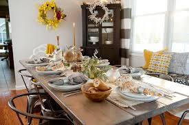 Holiday Table Decorating Ideas Holiday Table Decor Transitional Table Sal Et Lux