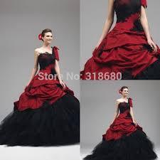robe de mari e gothique de mariee gothique et noir