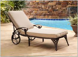Outdoor Chaise Lounge Chair Outdoor Chaise Lounge Chairs Walmart Pools Home Decorating