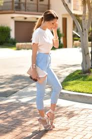 What To Wear With Light Jeans 5 Cute And Sporty For Summer U2013 Glam Radar