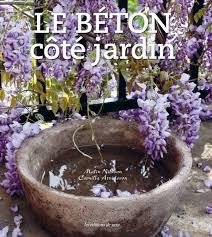 idee deco pour grand vase en verre un grand pot rond en béton pour mon jardin prima