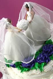 iowa baker refuses to bake couple u0027s wedding cake neon tommy