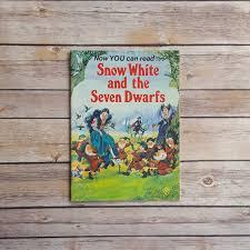 book cottage snow white dwarfs vintage