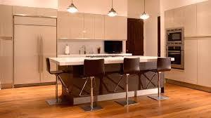 cuisine ouverte avec bar sur salon cuisine americaine avec bar ilot cuisine bar erlot central cuisine