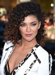 easy short curly hairstyles fade haircut