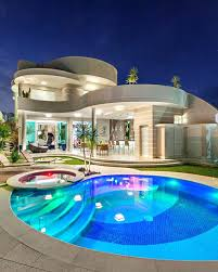 house with pools house with pool big houses with pools the best mansions ideas on