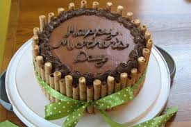 how to decorate a birthday cake at home interesting black and