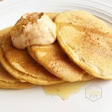 fantastically fit pumpkin spice pancakes