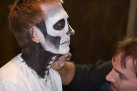applying special effects makeup source the cinema makeup in los angeles california