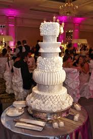 rhinestone cake cakes desserts photos rhinestone studded cake inside weddings