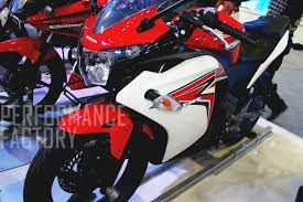 honda cbr 150r full details honda to get the cbr 150r in india next month