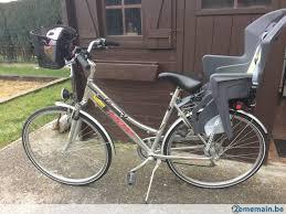 vélo avec siège bébé vélo dame parfait état avec siège enfant et panier a vendre