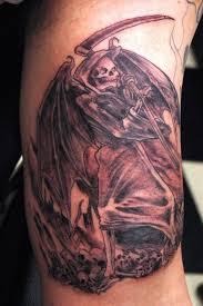 cool hand tattoos angel hand tattoos cool tattoos bonbaden